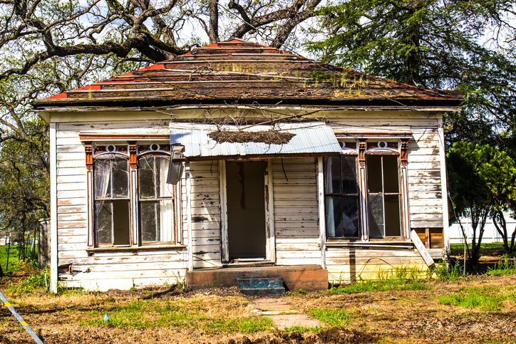 What Should I Do with My Vacant Property in Colorado Springs?