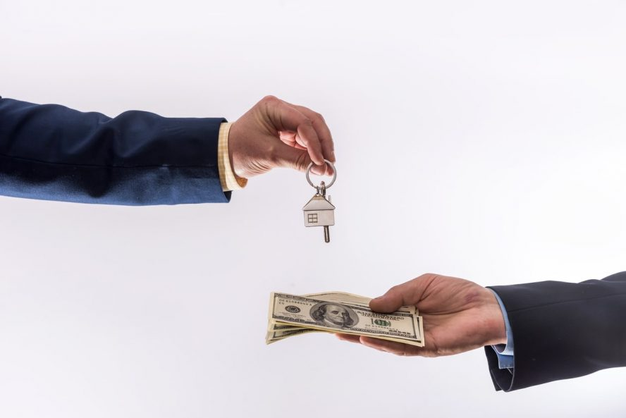 What Is the Process of Selling My Home to Cash Buyers in Colorado Springs?