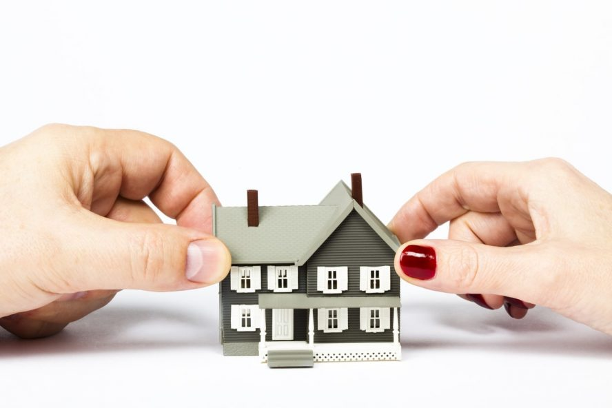 How to Sell a House in Colorado During a Divorce