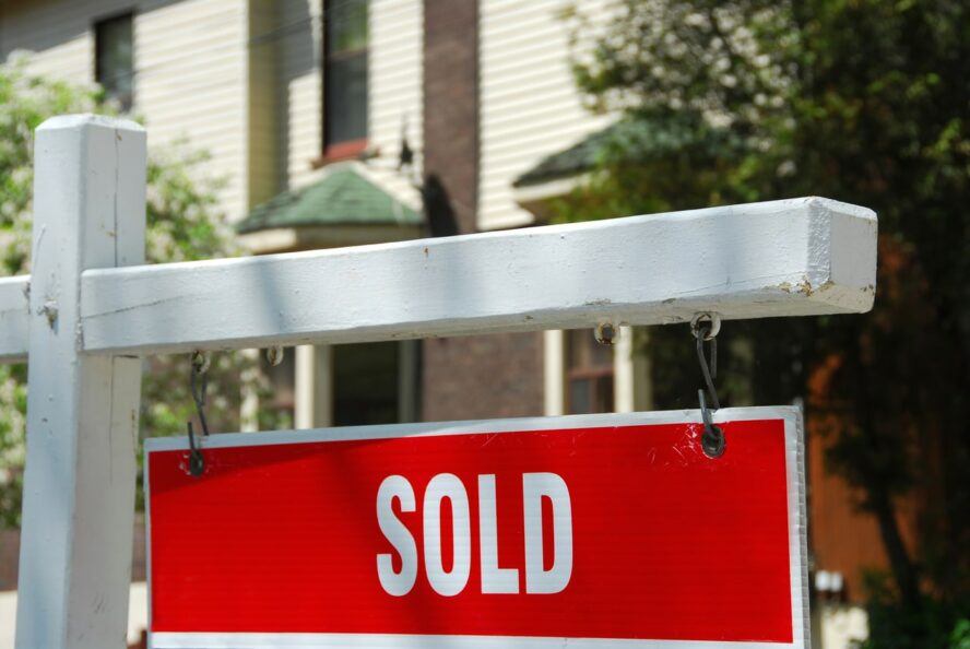 5 Tips to Sell Your Colorado Springs Home Fast